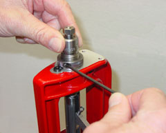 Lock Ring Eliminator in use